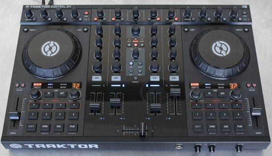 http://www.djtechtools.com/wp-content/uploads/2010/11/KontrolS4_head3.jpg